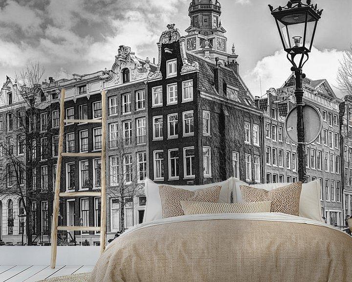 Sfeerimpressie behang: Zuiderkerk Amsterdam Kloveniersburgwal Winter Zwart-Wit van Hendrik-Jan Kornelis