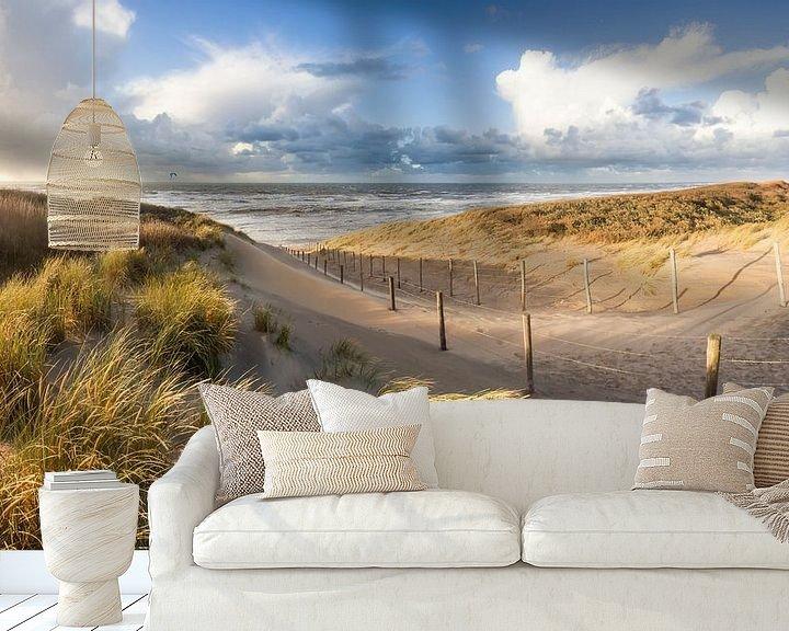 Sfeerimpressie behang: strand en duinen - stormlucht van Arjan van Duijvenboden