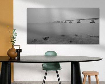 Zeelandbrug in de mist van Tux Photography