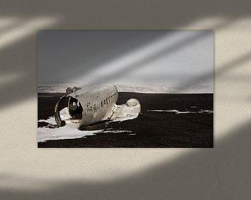 Wrecked Dakota von Arnold van Wijk