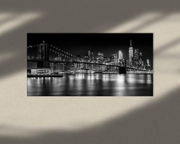 Beispiel: Night Skyline MANHATTAN Brooklyn Bridge s/w von Melanie Viola
