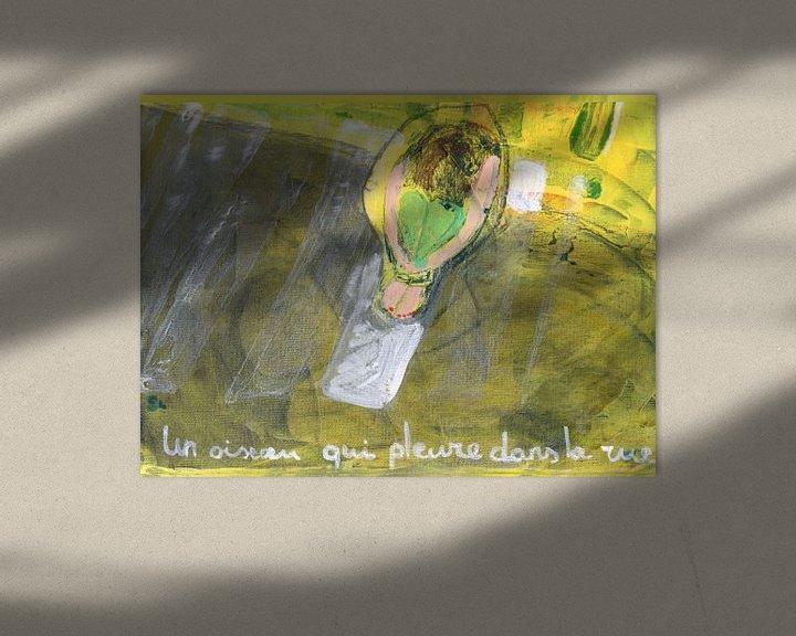 Sfeerimpressie: Un oiseau qui pleure dans la rue van Sandrine Lambert