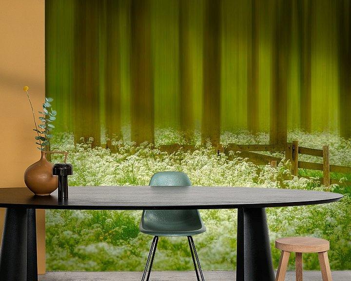 Sfeerimpressie behang: Fluite kruid bos van Piet Haaksma