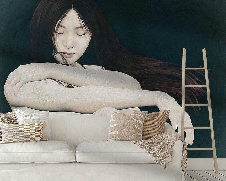 Sfeerimpressie behang: Naakte vrouw zit in gedachten van Jan Keteleer