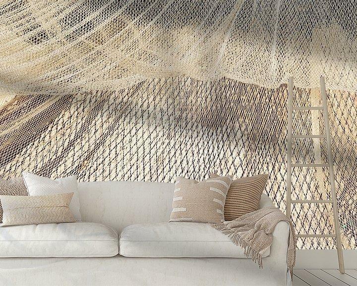 Sfeerimpressie behang: Visnetten drogend in de wind pano van Michel Seelen