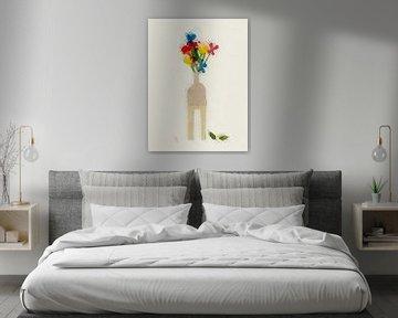 Vase mit Blumen auf einem Hocker von Joost Hogervorst