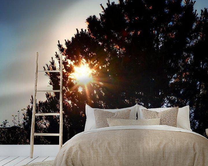 Sfeerimpressie behang: Ondergaande zon van Jan van der Knaap