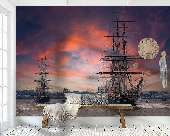 Sfeerimpressie behang: De Stad Amsterdam varend voor Den Helder van Brian Morgan