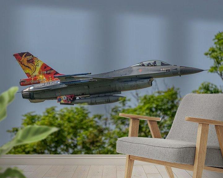 Sfeerimpressie behang: Een bijzonder fraaie Friese Draak is op de staart van een Nederlandse F-16 aangebracht ter gelegenhe van Jaap van den Berg