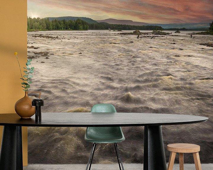 Sfeerimpressie behang: Riviervissen in Zweden van Arjen Roos