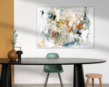 White Composition 7 van Maria Kitano