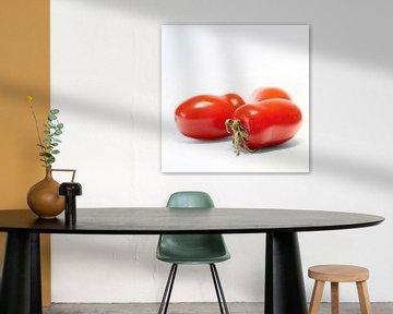 rijpe Roma tomaten van Heiko Kueverling