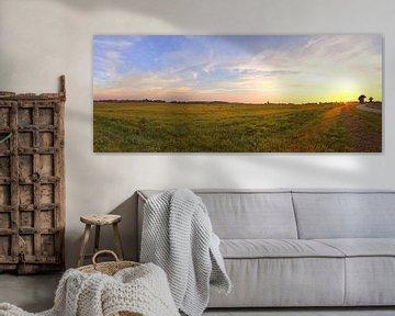 Panorama d'un coucher de soleil dans un paysage magnifique sur MPfoto71