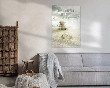 Het leven is een strand. Zoek je golf. | Strand idylle van Melanie Viola