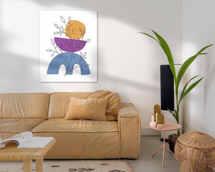 Beispiel: Minimalistisches Stillleben mit einer Blattpflanze in fröhlichen Farben von Tanja Udelhofen