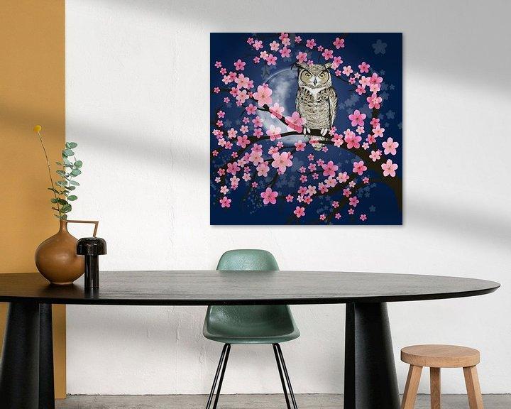 Sfeerimpressie: Amerikaanse oehoe in een bloesemboom van Bianca Wisseloo