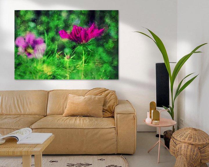 Sfeerimpressie: Tuinbloemen in helder roze van Petra Dreiling-Schewe