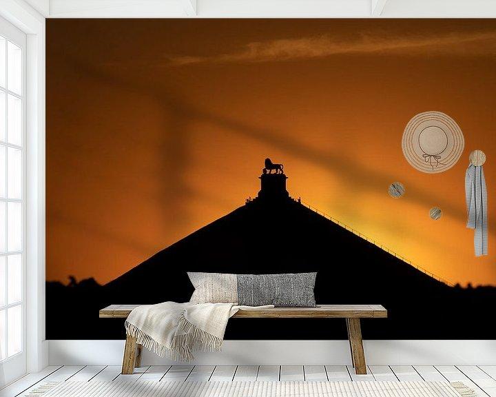 Sfeerimpressie behang: zonsondergang bij de Leeuw van Waterloo van Jim De Sitter