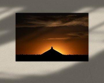 zonsondergang bij de Leeuw van Waterloo van Jim De Sitter