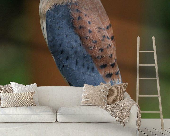 Sfeerimpressie behang: Falcon on a glove van Jeroen van Deel