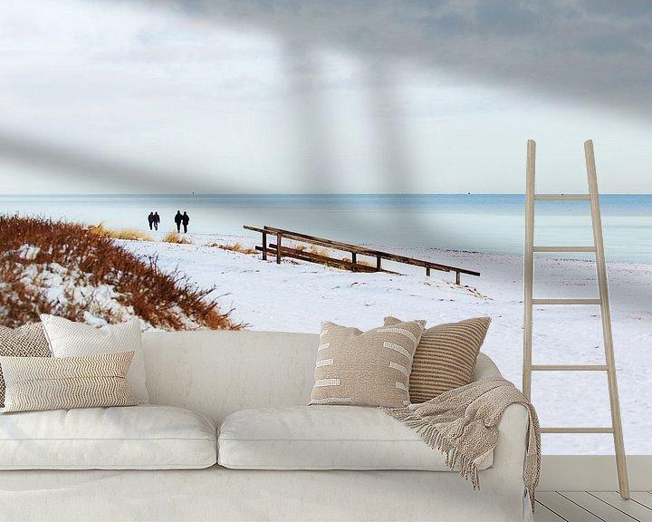 Sfeerimpressie behang: Sneeuw aan de Oostzee van Petra Dreiling-Schewe