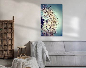 Paardenbloem  blauw kristal van Julia Delgado