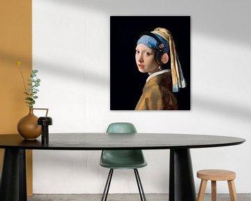 Meisje met de Parel van Johannes Vermeer... met een Koptelefoon! van Maarten Knops