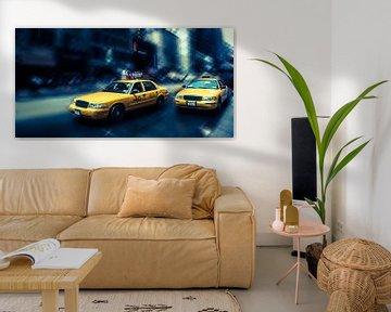 NYC - Yellow Cabs - blau von Hannes Cmarits