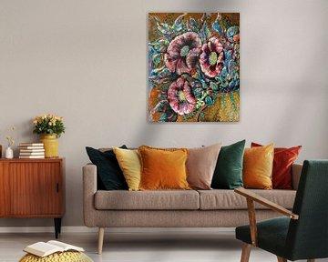 Golden Vase Poppy van Christel De Buyser