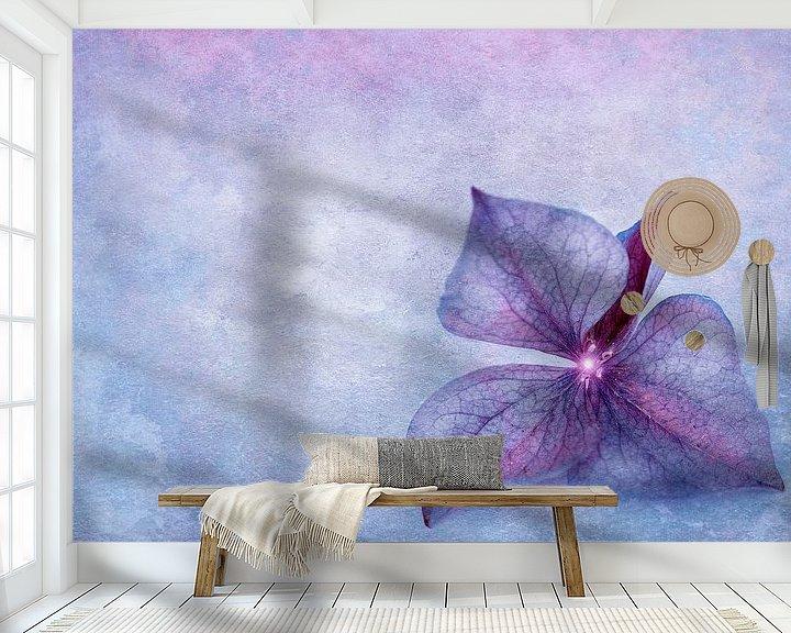 Sfeerimpressie behang: Hydrangea bloemblaadje van INA FineArt