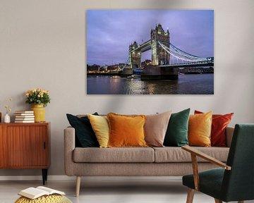 Le Tower Bridge à Londres, Royaume-Uni de Grande-Bretagne, Europe | Tower Bridge au crépuscule, Lond sur Peter Schickert