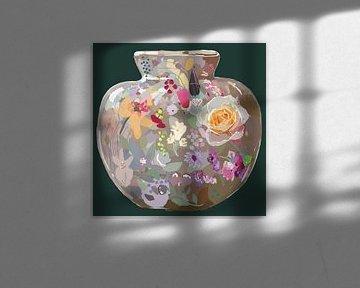 Vaas met rozen, Libelle en Zeeuws Knoopje van Mascha Siekkötter