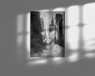 Rauchen einer Zigarette in New York von Lida Bruinen