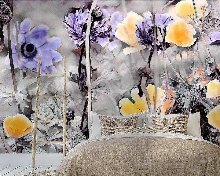 Beispiel fototapete: Gelber Kalifornischer Mohn und blaue Blumen von Patricia Piotrak