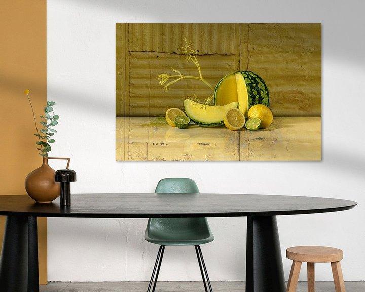 Sfeerimpressie: Stilleven in geel van Monique van Velzen