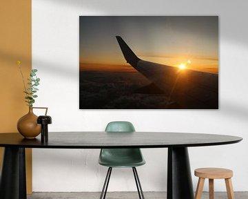 Zonsopgang in een vliegtuig van Mattis Vollertsen