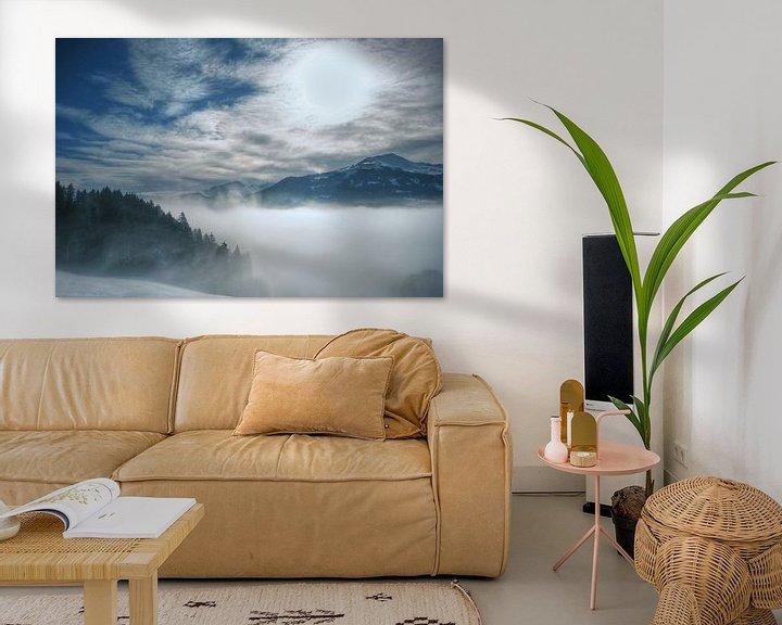 Sfeerimpressie: Misty Mountains van Cas van den Bomen