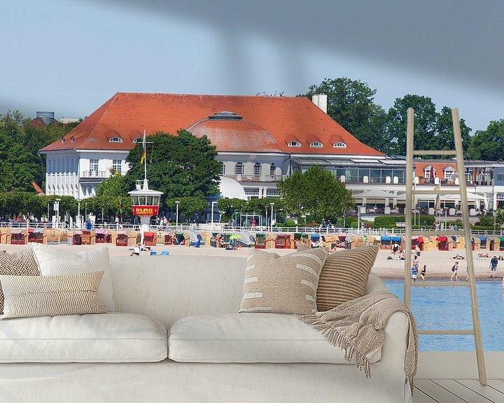 Sfeerimpressie behang: Strand met Atlantic Grand Hotel Travemünde, voormalig Casino Travemünde, Lübeck-Travemünde, Lübeck,  van Torsten Krüger