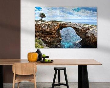 Steinbrücke der Cala Romantica