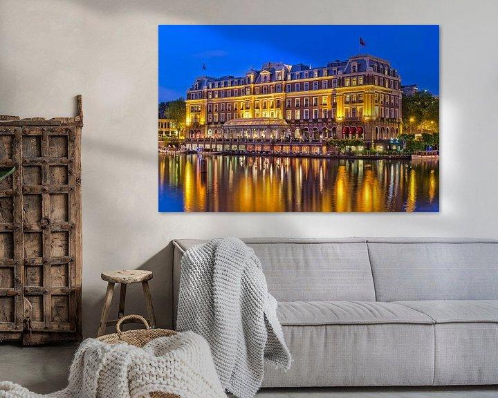 Sfeerimpressie: Amstel Hotel in de avond van Bob de Bruin