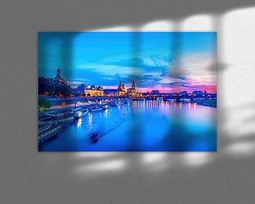 Scène de la vieille ville de Dresde à l'heure bleue sur Ullrich Gnoth