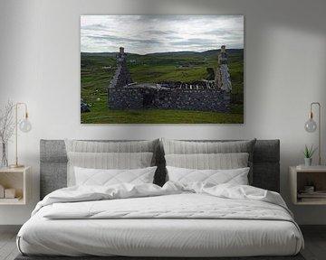 Overblijfselen van een oud huis op een berg in Schotland van Babetts Bildergalerie