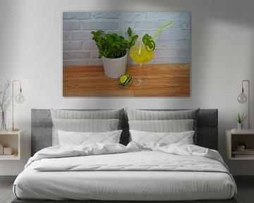 Pikante komkommer-basilicum cocktail. van Babetts Bildergalerie
