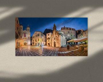 Nachtpanorama van Kotor, Montenegro van Michael Abid