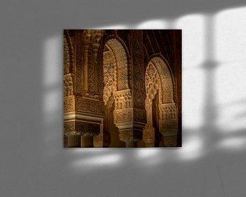 Alhambra de Grenade, Patio de Los Leones. sur Hennnie Keeris