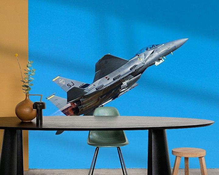 Sfeerimpressie behang: Strike Eagle F-15 take-off van Bob de Bruin