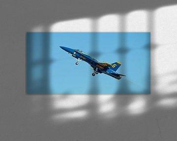 F/A-18 Hornet taking off van Bob de Bruin