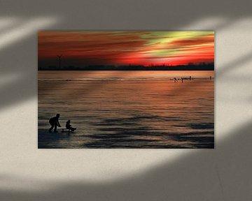 IJspret bij zonsondergang van Bob Bleeker