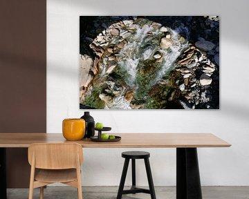 Waterstroom Italiaanse Alpen van Mikey Struik
