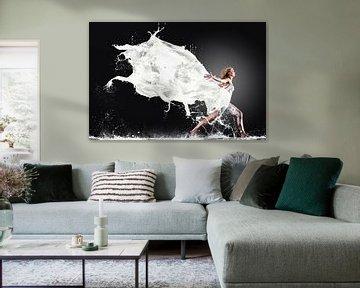Finish your milk! von Edwin van Wijk